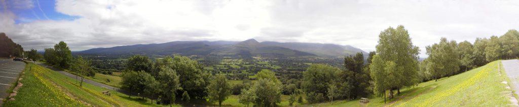 Glen_of_Aherlow,_Co._Tipperary,_Ireland